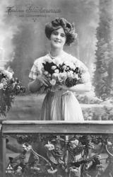 alte Karte zum Geburtstag, Frau, Blumenstrauß, 1910