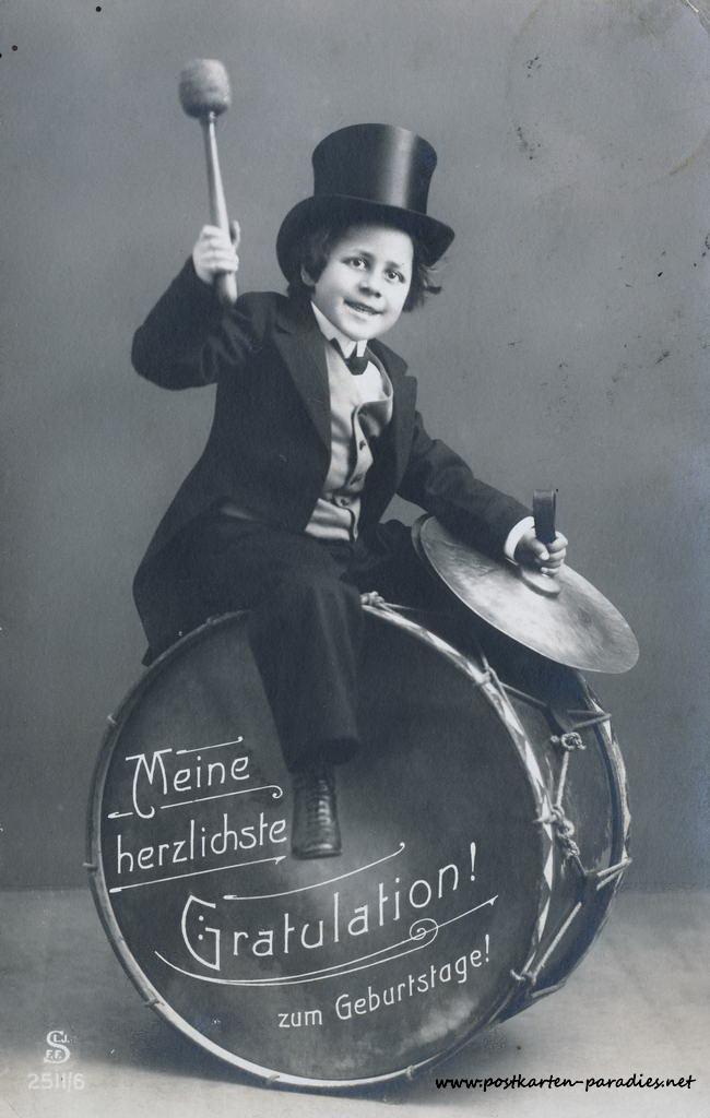 alte Geburtstagskarte Junge Trommel 1918
